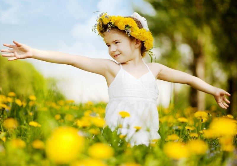 «Солнечный» витамин Д: зачем он нужен детям и как его правильно давать