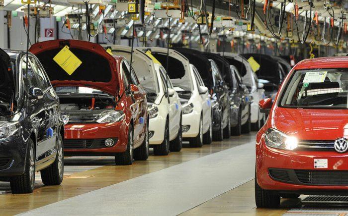 Новые автомобили Фольцваген на заводе