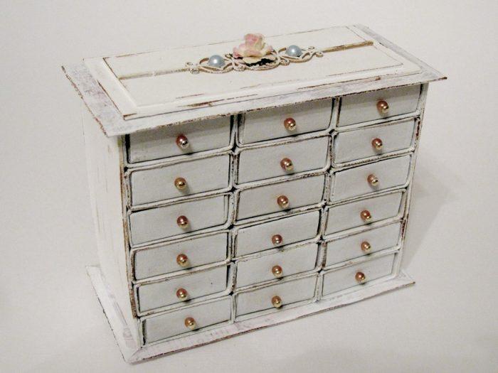 Ящик из спичечных коробков