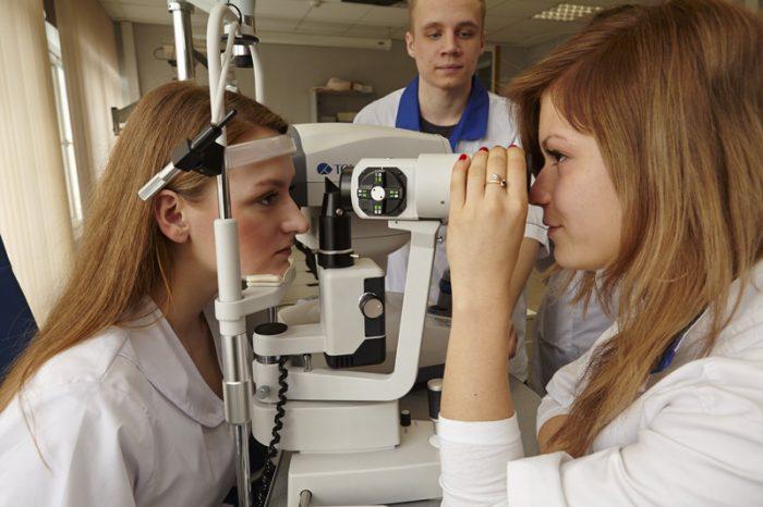 Специальность «Медицинская оптика»