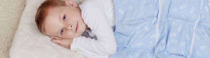 Утяжелённое одеяло – полезное изобретение, которое, однако же, подходит не всем детям в силу индивидуальных особенностей организма и привычек.