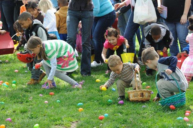 Детский праздник Пасхи на свежем воздухе
