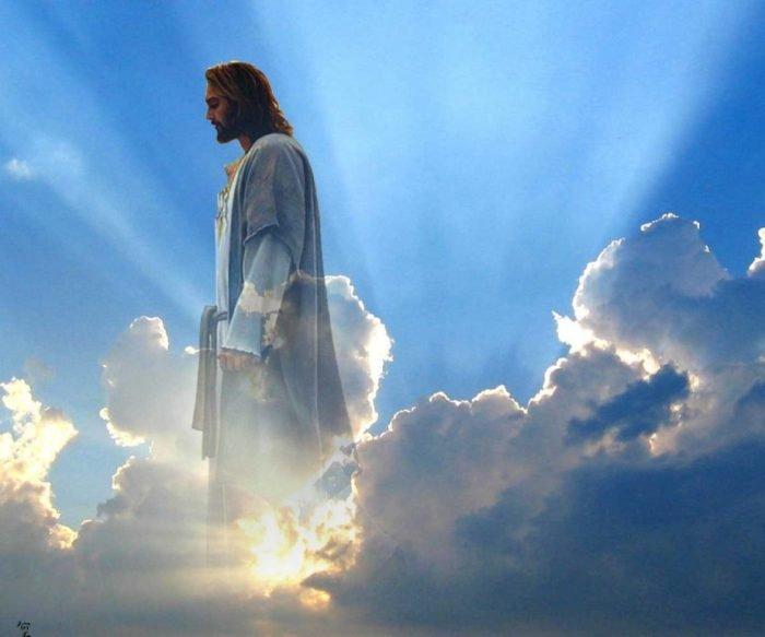 Воскресший Христос в небе