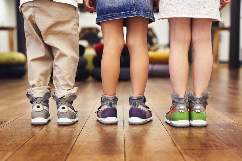 Ортопедические кроссовки для детей: выбираем правильно