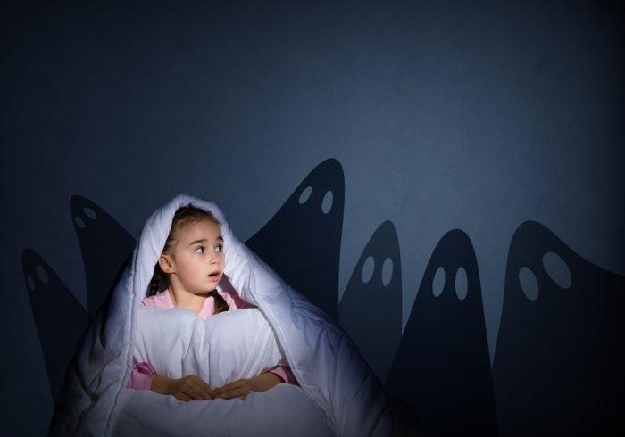 Ребёнок боится темноты
