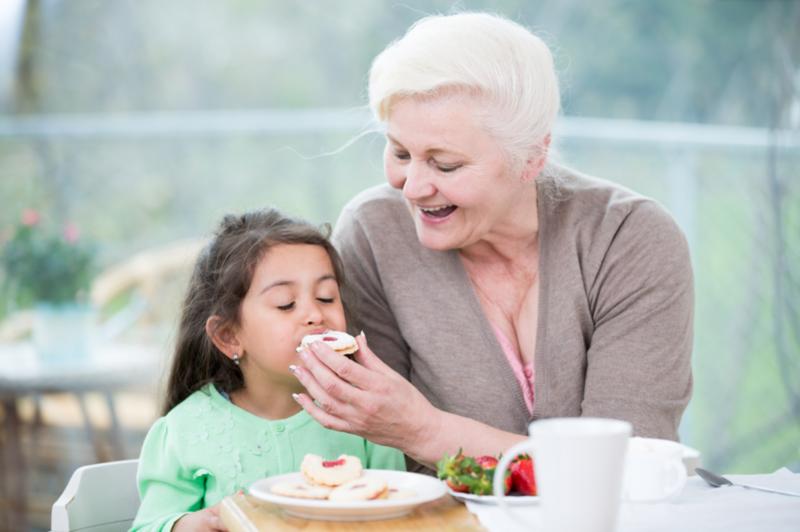 Свекровь хочет общаться с внуками: запретить нельзя разрешить