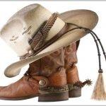 Ковбойские ботинки и шляпа