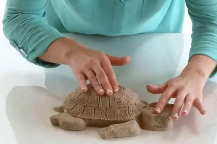 Черепаха из кинетического песка