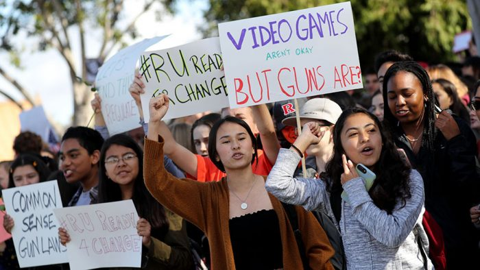 акция протеста американских тинейджеров