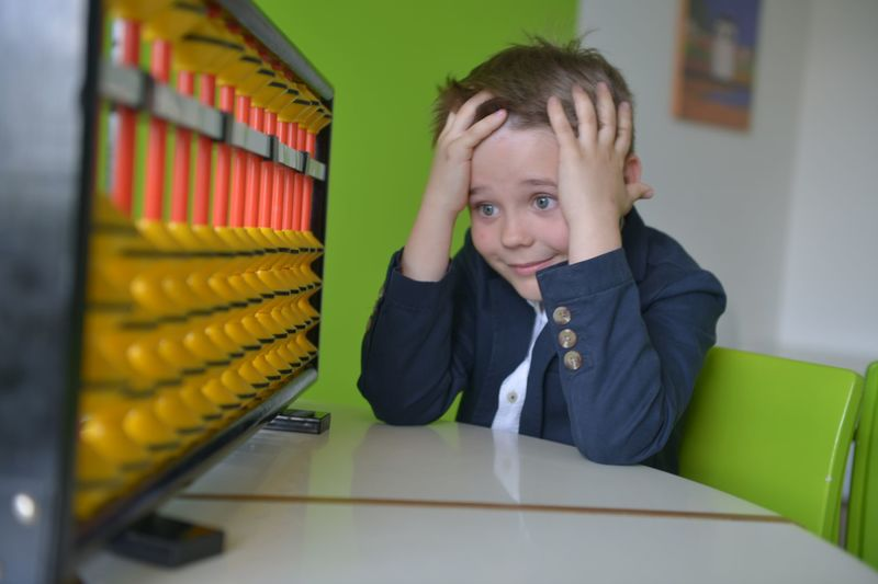 Ментальная арифметика для детей: плюсы и минусы, мнения специалистов