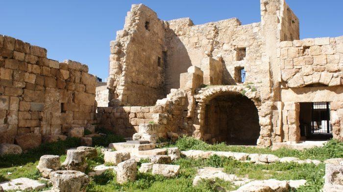 археологические развалины