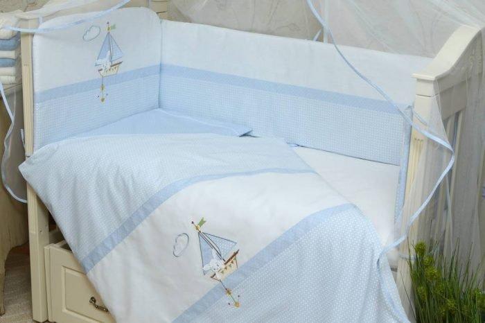 Постельное бельё для новорождённого