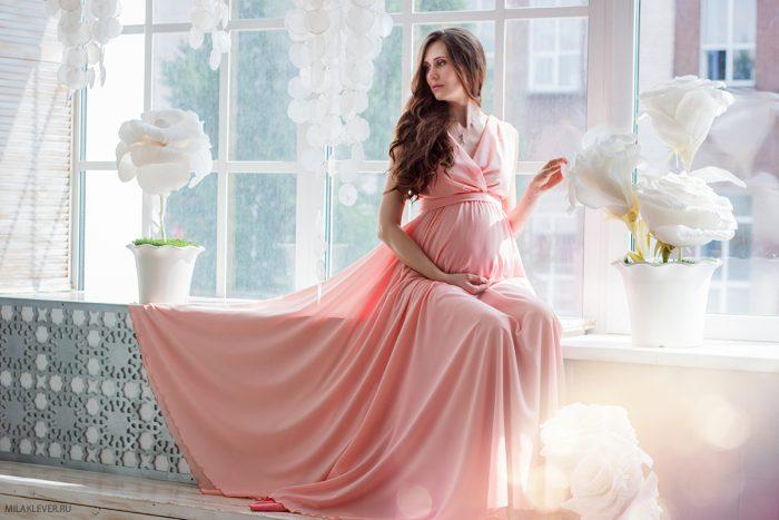 Беременная в бальном платье