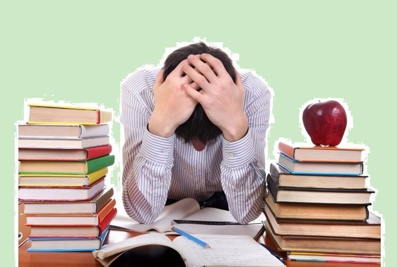 Ребёнок готовится к экзаменам: как помочь, а не навредить