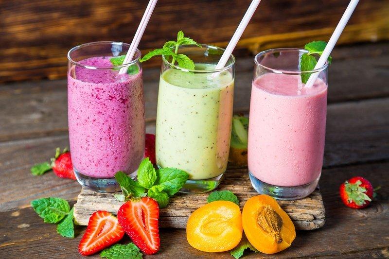 Летние смузи для детей: 9 полезных рецептов с сезонными фруктами и ягодами
