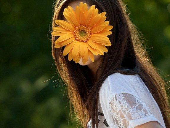 цветок вместо лица