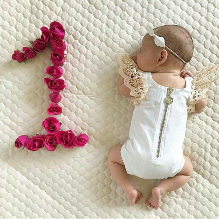девочке 1 месяц