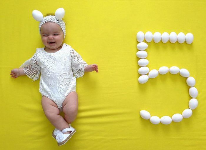 девочке 5 месяцев