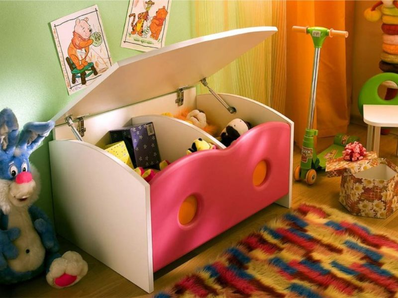 Ярко и функционально: лучшие идеи для хранения игрушек в детской