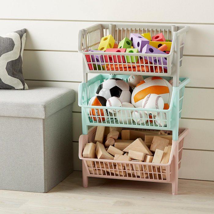 стеллаж с ящиками для игрушек