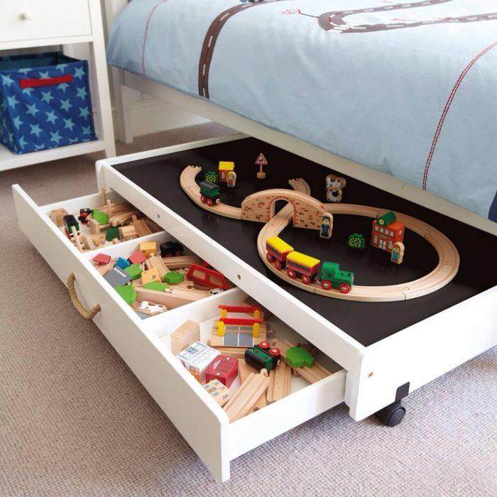 двойной ящик для игрушек под кроватью