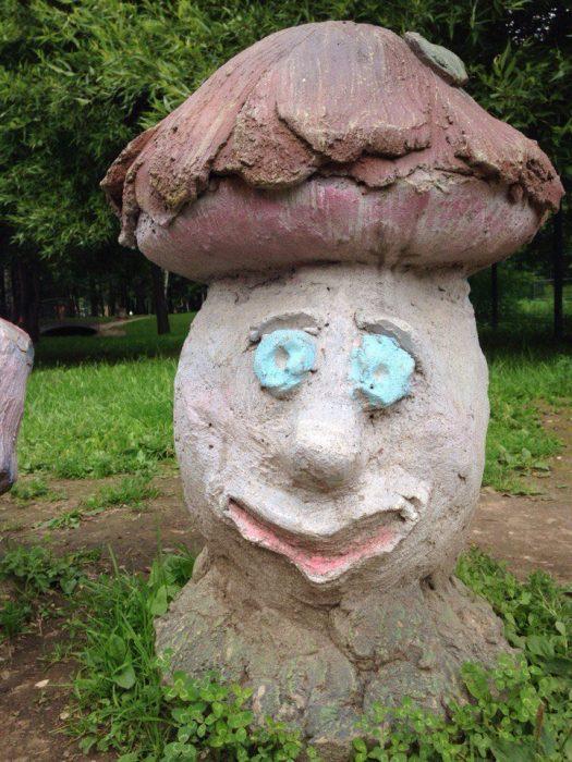 гриб из цемента