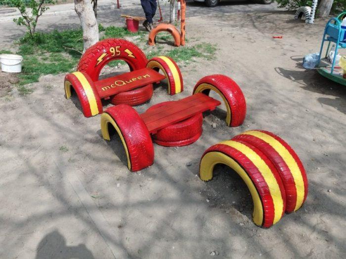 гоночная машинка из шин