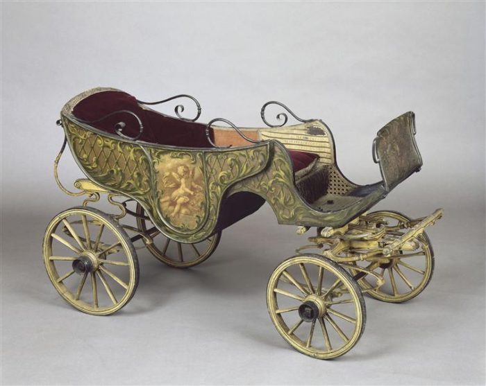 старинная детская коляска 4