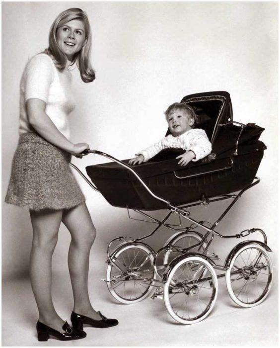 детская коляска ХХ века