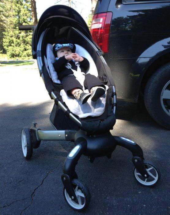 современная детская коляска