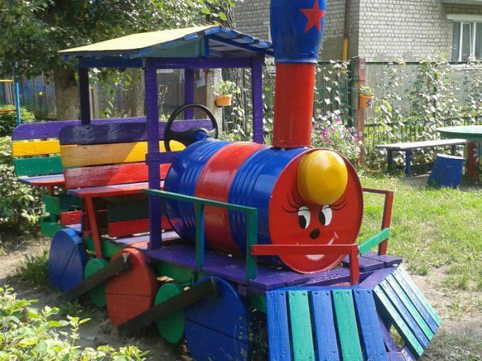 паровозик для детской площадки