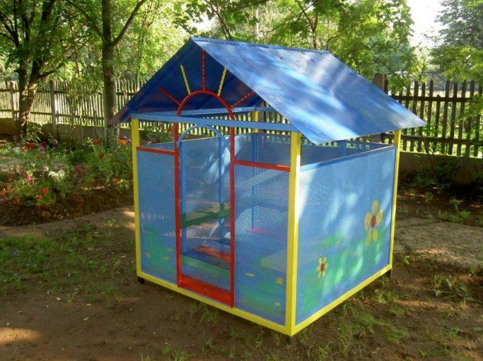 детский домик из поликарбоната