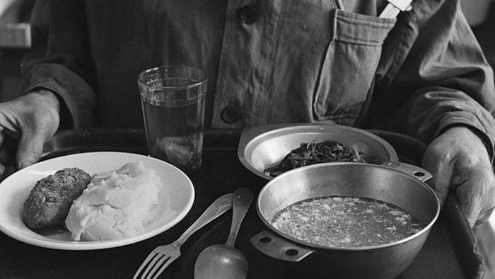 Обед в советской столовой