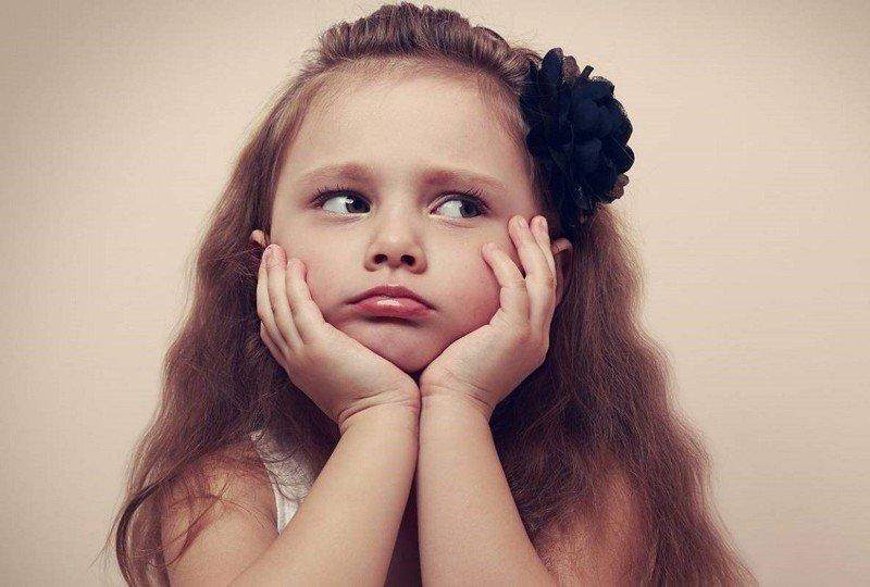 Ребёнку не нравится его имя – откуда у этой беды «уши растут»?