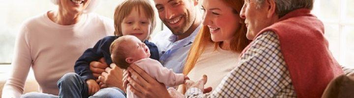 Почему выбор имени для ребёнка можно доверить маме, папе, бабушке и дедушке: аргументы за и против в каждом случае.