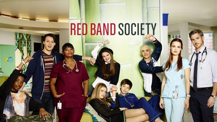 Постер к сериалу «Красные браслеты»