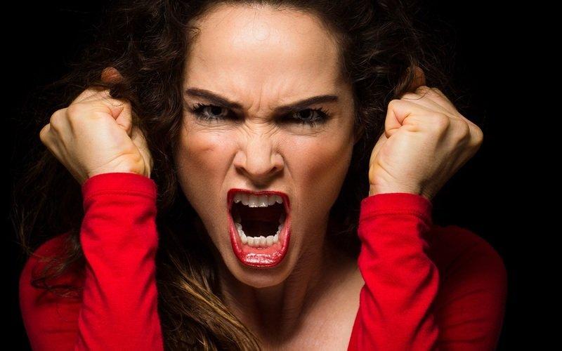 ТОП-15 мужских фраз, которые бесят всех женщин