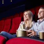 Двое в кинотеатре