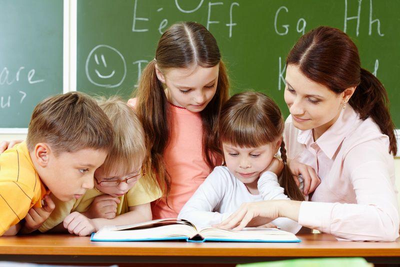 О чём спросить учителя: советы для мам будущих первоклассников