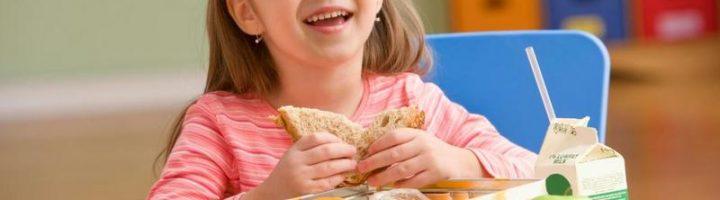 Родителям стоит пересмотреть пользу для ребёнка некоторых популярных продуктов и блюд.