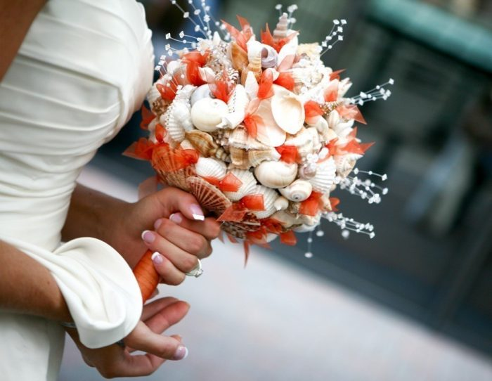 свадебный букет из ракушек