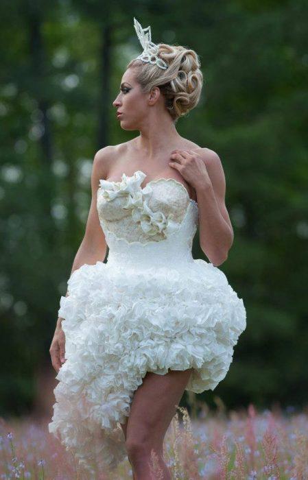 свадебное платье с эффектом морской пены