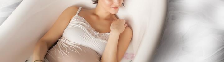 беременная в ванне с молоком