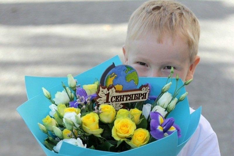 Букет на 1 сентября своими руками: подборка фото тематичных композиций для мальчиков и для девочек