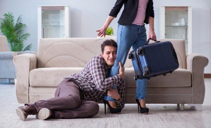 Женщина бросает мужа