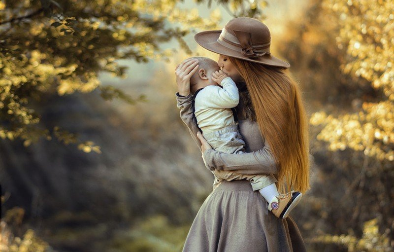 Что может дать ребёнку мама Скорпион и какова их совместимость