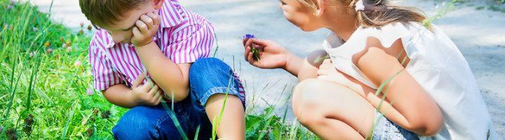 Бессмысленно и даже вредно заставлять ребёнка формально извиняться перед другим.