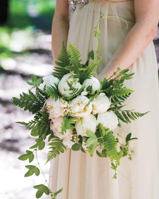 Свадебный букет с папоротником