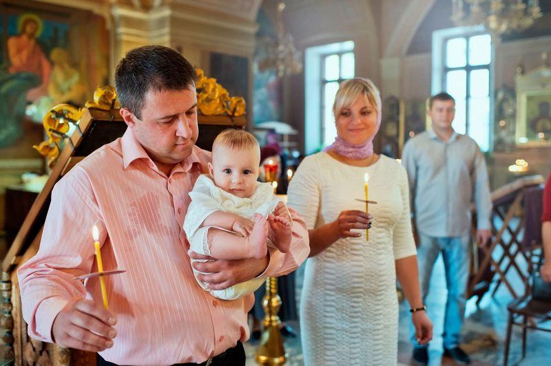 Крёстное имя: какое оно будет и как крестить ребёнка, если его имени нет в святцах