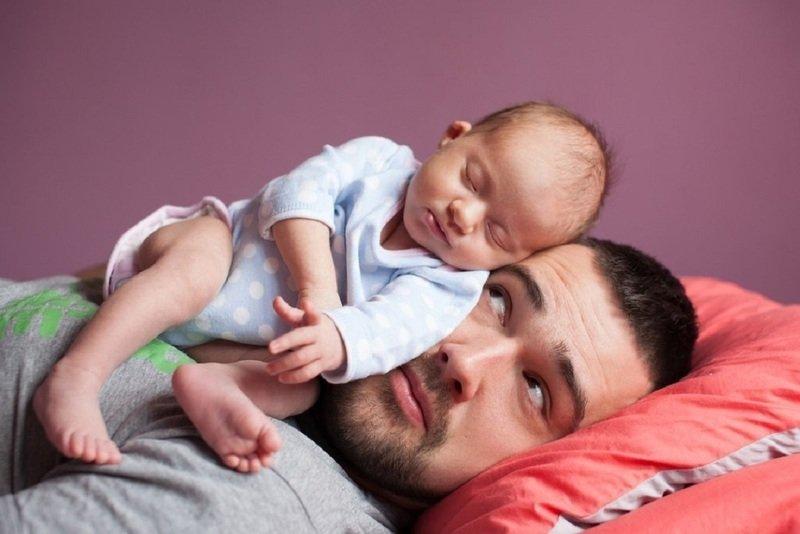 Как нелегко быть молодым отцом: 7 комичных историй